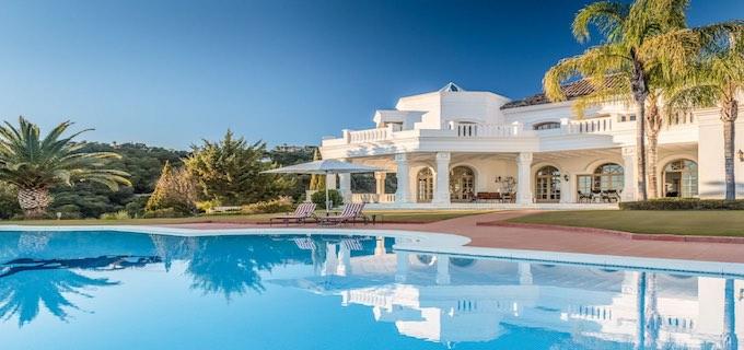beegoz travel pool